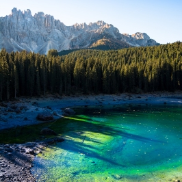 Alba sul Lago di Carezza - Alto Adige