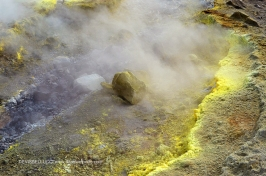 Fumarole nel cratere di Vulcano - Isole Eolie - Sicilia